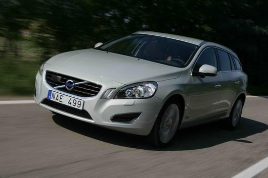 фото нового автомобиля Volvo V60