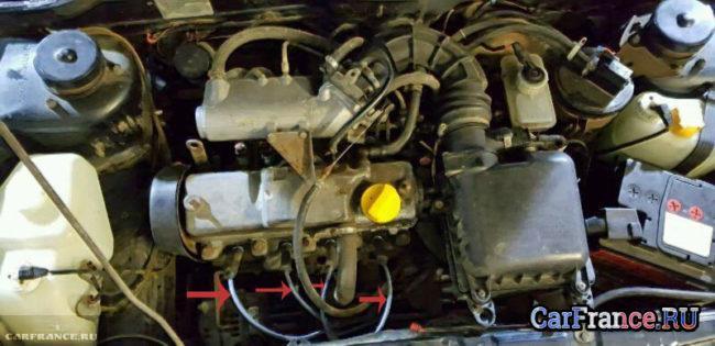 Высоковольтные провода под капотом ВАЗ-2114