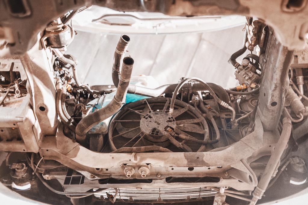 Додж Джорни с демонтированным двигателем