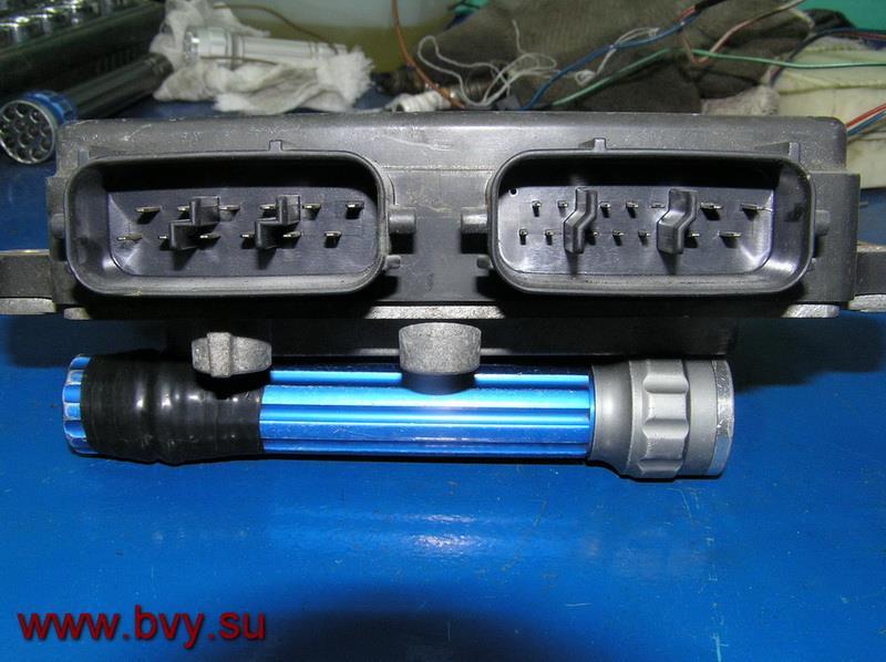 усилитель инжектора двигатель VQ25DD_1