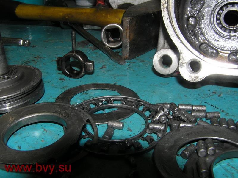 разбитый ТНВД двигатель VQ25DD