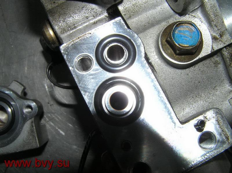 болт залива масла в ТНВД двигатель VQ25DD