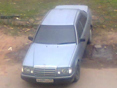 Мерседес 220