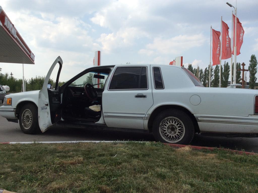 Lincoln Tawn Car II 1992 года
