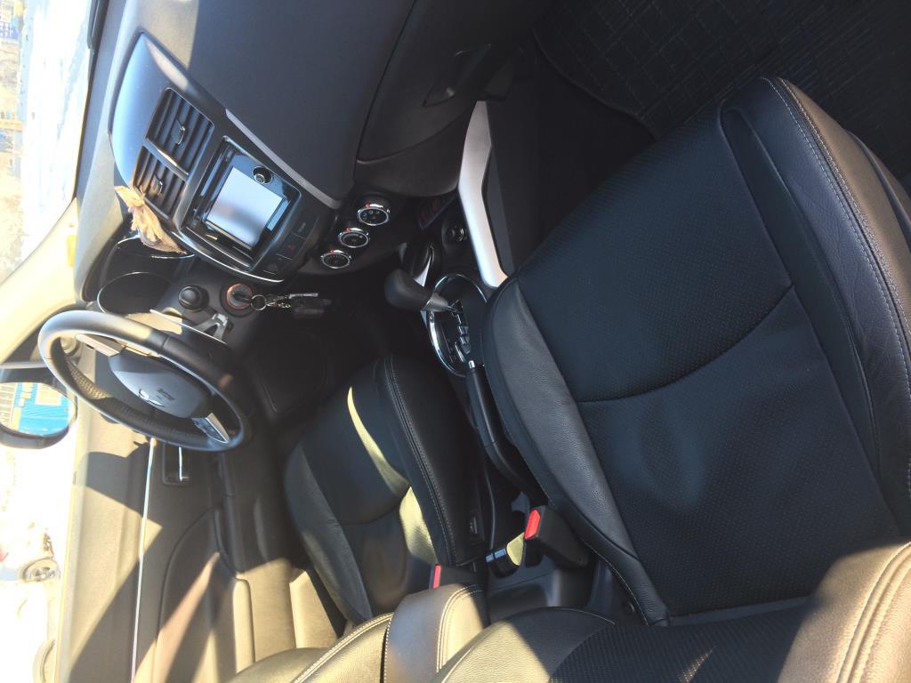 Митсубиси asx ноябрь 13 года кожаный салон, камера, 1,8, передний привод, пробег 19 тысяч.