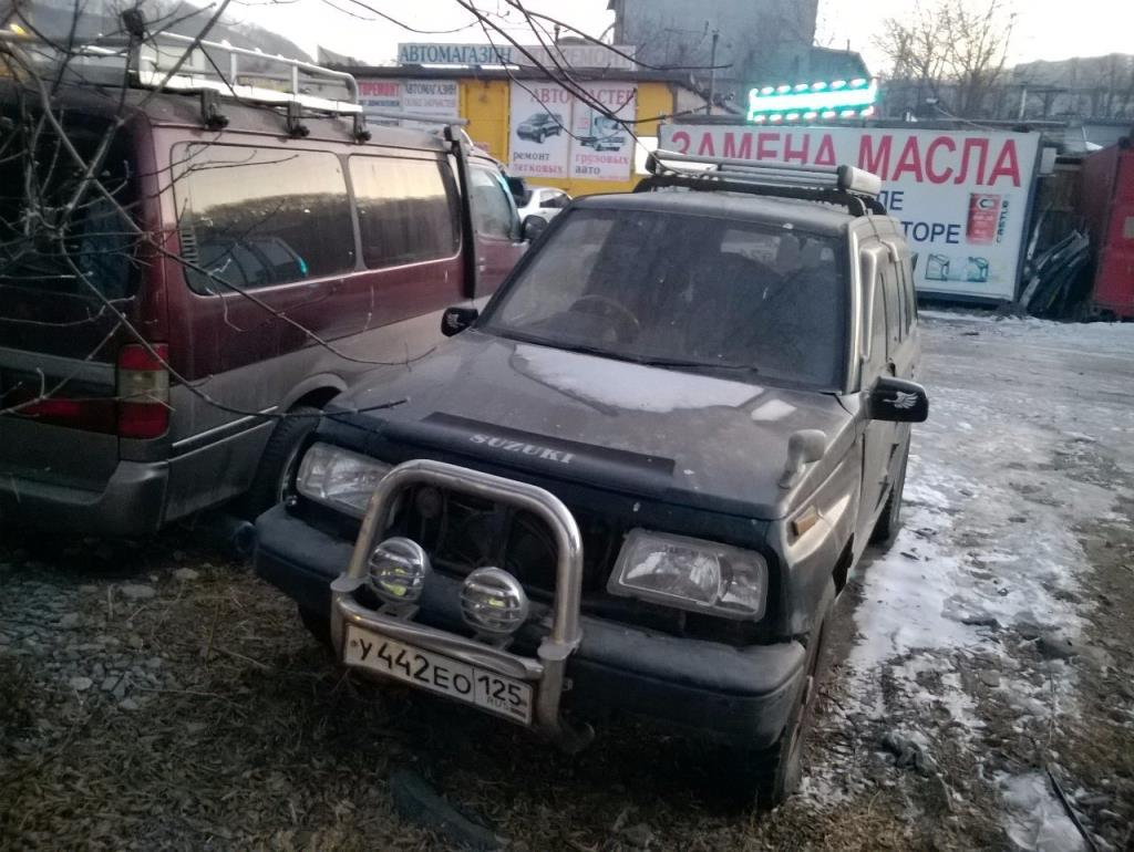Автомобиль suzuli escudo td01w
