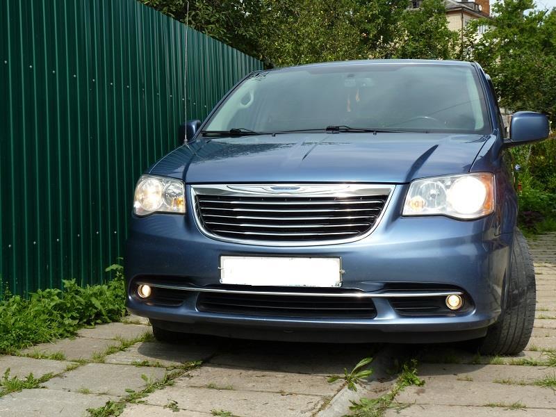 Минивэн Chrysler Town & Сountry 2011г. 3,6 Pentastar