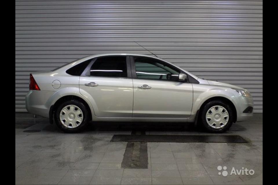 Форд Фокус 2008 г.в, 1.6 МТ,серебро.