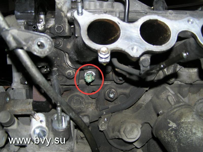расположение датчика температуры двигателя 1JZ-GE
