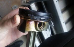 """Стуки, поскрипывания, отсутствие компрессии… Проблемы и """"болячки"""" подержанного Opel Astra J"""