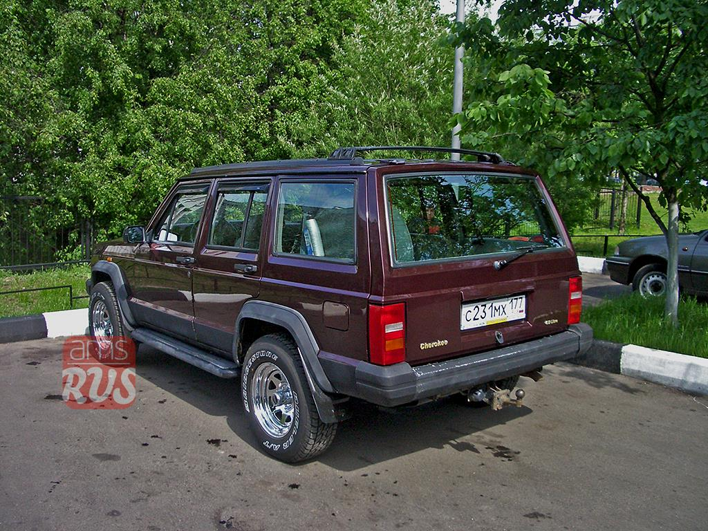 Jeep Cherokee XJ 1992 года
